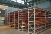 Rayonnage fixe à échelles pour materiel transport