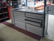 Rayonnage fixe à dos d'armoire pour pièce automobile - Rayonnage métallique Profiltol