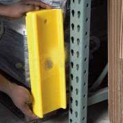 Protection pour échelles - Dim : 135x80x400 mm  -   Entraxe : 110 mm