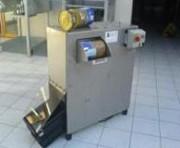 Presse pour compactage boîtes de conserve - Force de compactage : 9 tonnes, presse pour boîtes 5/1