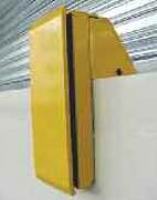 Butoir de quai fixe réhaussé - Dimensions (L x l x h) : 550 x 220 x 115/360 mm