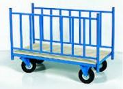 Chariot de manutention à ridelles