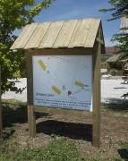 Panneau d'affichage en bois 120x120 cm - Surface d'affichage (cm) : 120 x 120
