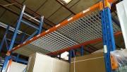 Rayonnage caillebotis - 2 modèles - 2m 25 de hauteur et 80 cm de profondeur
