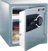 Coffre fort serrure electronique et clé tubulaire - Étagère à position multiple- tablete à position multiple