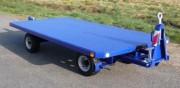 Remorque transitaire 4 tonnes pour transport de marchandise - Essieu directeur monté sur couronne à billes