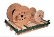 Bobine à câble en bois
