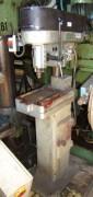 Perceuse d'établi sur support magnétique -mandrin 32mm