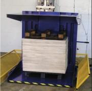 Retourneur de palettes à leviers hydrauliques