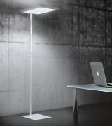 Lampadaire à 2 lampes fluorescentes - Finition : blanche ou argentée