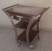 Table de service restaurant - Dimensions (L x P x H) 830 x 525 x 850 mm