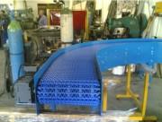 Convoyeur à tapis modulaire courbe - Tapis plein ou ajouré