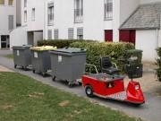 Tracteur électrique pour le transport de conteneurs à dechets