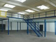 Mezzanine de stockage 1000 kg par m2 - Charge d'exploitation : de 250 à 1000 kg/m2.