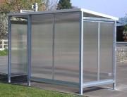 Abri bus metallique à toit pente arrière - Hauteur : 2m