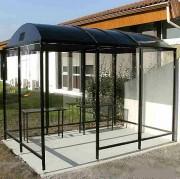 Abri fumeurs avec toit dôme - Capacité : de 3 à 18 personnes - Structure aluminium