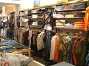 Agencement de boutique de prêt-à-porter - Secteur d'habillement