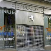 Agencement magasin en inox - Pour la protection et la décoration