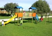 Aire de jeux avec tourelle pour enfants - Dimensions (L x P x H) cm : 384 x 801 x 315