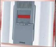 Alarme anti-intrusion sans fil avec transmetteur GSM - Option de communication : GSM - GPRS - IP - Fréquence : 868.95 MHz