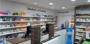 Aménagement de vitrine pour agence pharmaceutique - Agencement de pharmacie