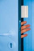 Anti claque porte adhésif pour centre aéré - Epaisseur : 2,70 cm - Dispositif sécurité pour milieu enfantin
