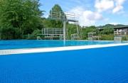 Antidérapant piscine - Dimensions : 15m x1m20