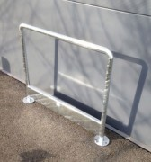 Arceau galvanisé interne et externe - Dim. hors tout : 1180 x 900 mm - ø tube 76.1 mm