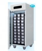 Armoire réfrigérée négative en acier inox - De -10° à -30°C - Capacité : 900 litres - Puissance : 600 W
