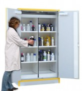 Armoire sécurité ventilée - Dimen sion (HxLxP): 1980x1115x550 mm