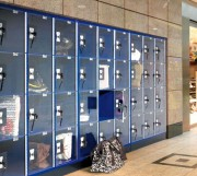 Armoire vestiaire centres commerciaux - Armoires à casiers transparents et verrouillables