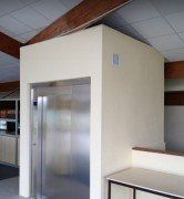Ascenseur électrique pour bâtiment existant et neuf - Ascenseur sans local machine hauteur sous dalle 2,6 m