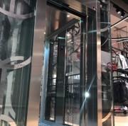 Ascenseur hydraulique capacité de charge 630 kg - Ascenseur à porte automatique ouverture centrale/latérale