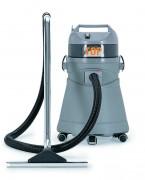 Aspirateur eau et poussières 1450 W - Puissance nominale : 1350 W