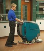 Autolaveuse autotractée - Technologie innovante de nettoyage