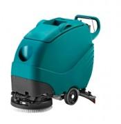 Autolaveuse tractée sur batterie - Largeur de nettoyage avec brosse : 500 mm = M2/h 2150 - Largeur de nettoyage avec disque : 480 mm = M2/h 2064
