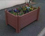 Bac à fleur urbain - Réalisé en matériau recyclé