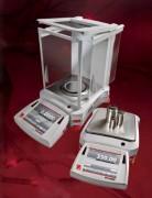 Balance d'analyse de laboratoire - Capacité (g) : de 120 à 10200