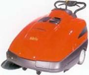 Balayeuse accompagnée professionnelle - SW 741 TK ET - SW 741 ST ( à batterie ou à moteur essence)