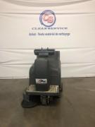 Balayeuse autoportée d'occasion - Largeur de nettoyage : 850 mm - Réservoir : 50 L