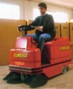Balayeuse autoportée pour toutes surfaces - TIGRA (pour toutes surfaces)