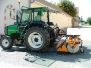 Balayeuse chariot élévateur et tracteur - Bema 25