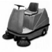 Balayeuse industrielle à conducteur porté