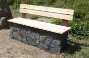 Banc gabion public - Assise et dossier en bois