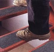 Bande antidérapante pour escaliers