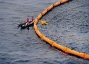 Barrage filtrant anti-pollution - Barrage flottant contre la propagation des pollutions