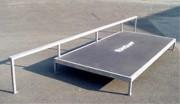 Barre de glisse pour les riders - Hauteur à la table : 0.60-0.30 m - Largeur : 1.55 m - Longueur : 5 m