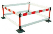 Barrière coloris blanc et rouge 0.75 à 2 mètres - Longueurs disponibles en m : 0.75 - 1 - 1.25 - 1.5 - 2