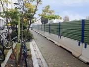 Barrière de sécurité 3 en 1 personnalisable - Stabilisateur et cadre métallique (Lxlxh) : 300 x 60 x 200 cm