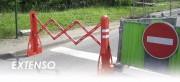 Barrière extensible en PVC - Dimensions : 2250 x 400 x 1000 mm - En PVC